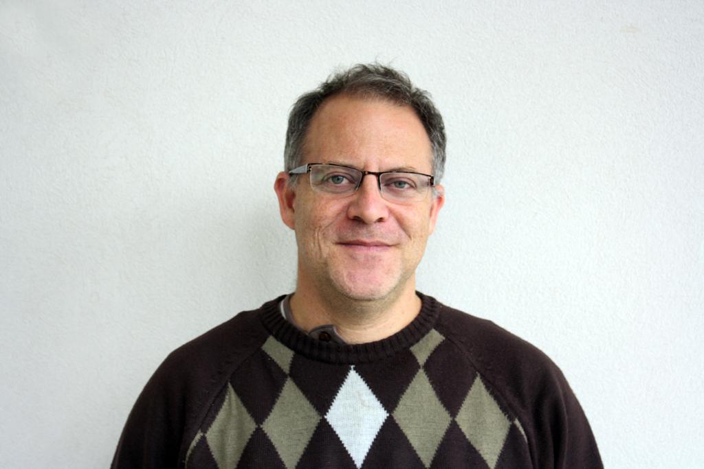 El Dr. Yanovsky colaboró en una reciente investigación sobre fisiología vegetal publicada en la revista Science.