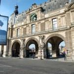 Andrea Gamarnik en las calles de París