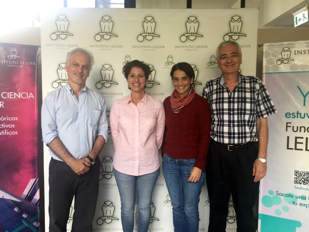 La presidenta de FADEPOF en el centro junto con Osvaldo Podhajcer, Andrea Llera y Luis Ielpi de la Fundación Instituto Leloir.