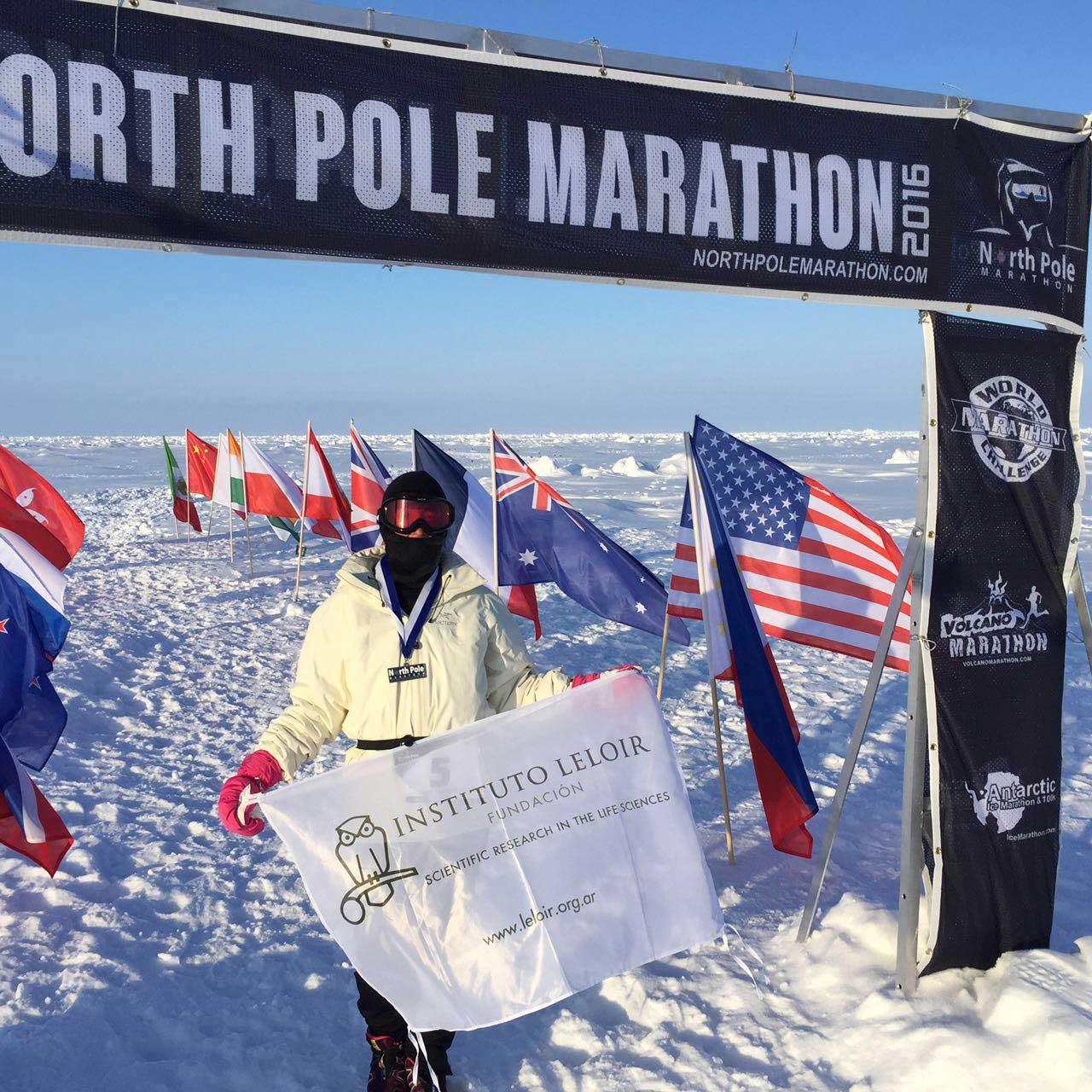 Maratonista-corre-por-el-Instituto-Leloir-en-el-Polo-Norte-09