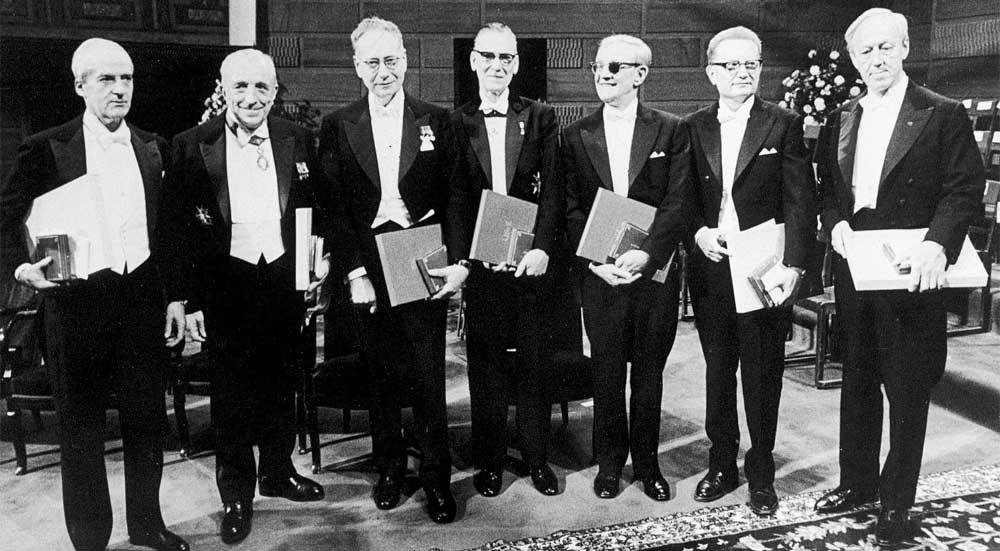 Leloir en la entrega del premio Nobel