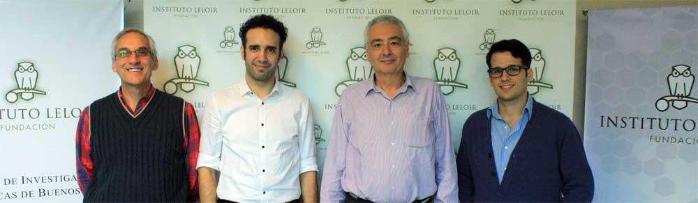 Martín Oliver de la Fundación Williams junto a los representantes de FIL