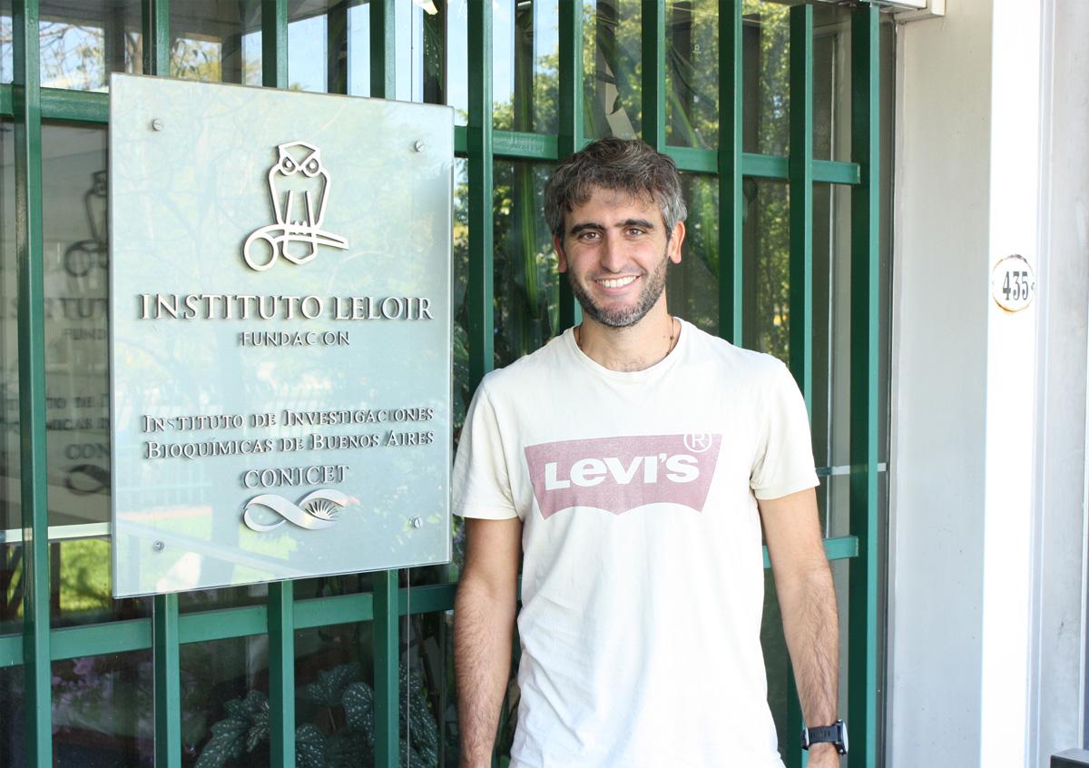 Silvio Temprana realizó su tesis de doctorado en el Laboratorio de Plasticidad Neuronal liderado por el doctor Alejandro Schinder en la Fundación Instituto Leloir.