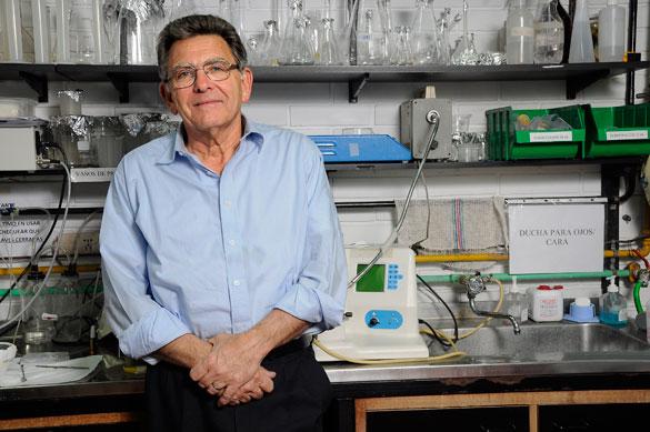 Dr. Uchitel