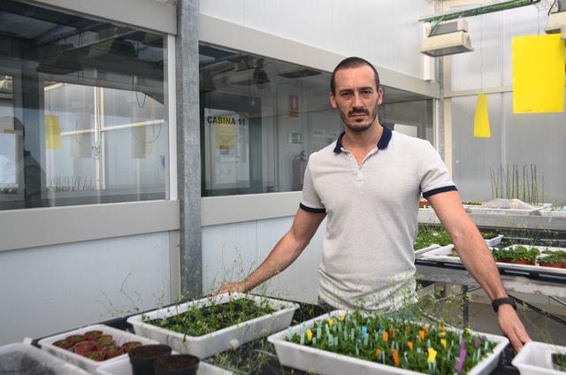 Doctor Martín Mecchia, investigador del CONICET en la Fundación Instituto Leloir.