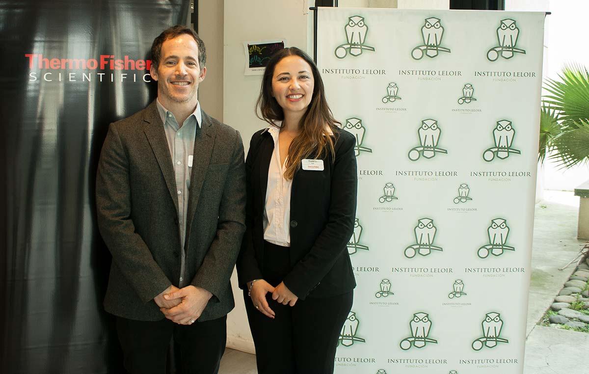 Los doctores Rosario Aya y Augusto Sorrequieta, representantes de Thermo Fisher Scientific en Argentina, capacitaron a científicos de la Fundación Instituto Leloir en el manejo de nuevas tecnologías para la investigación.