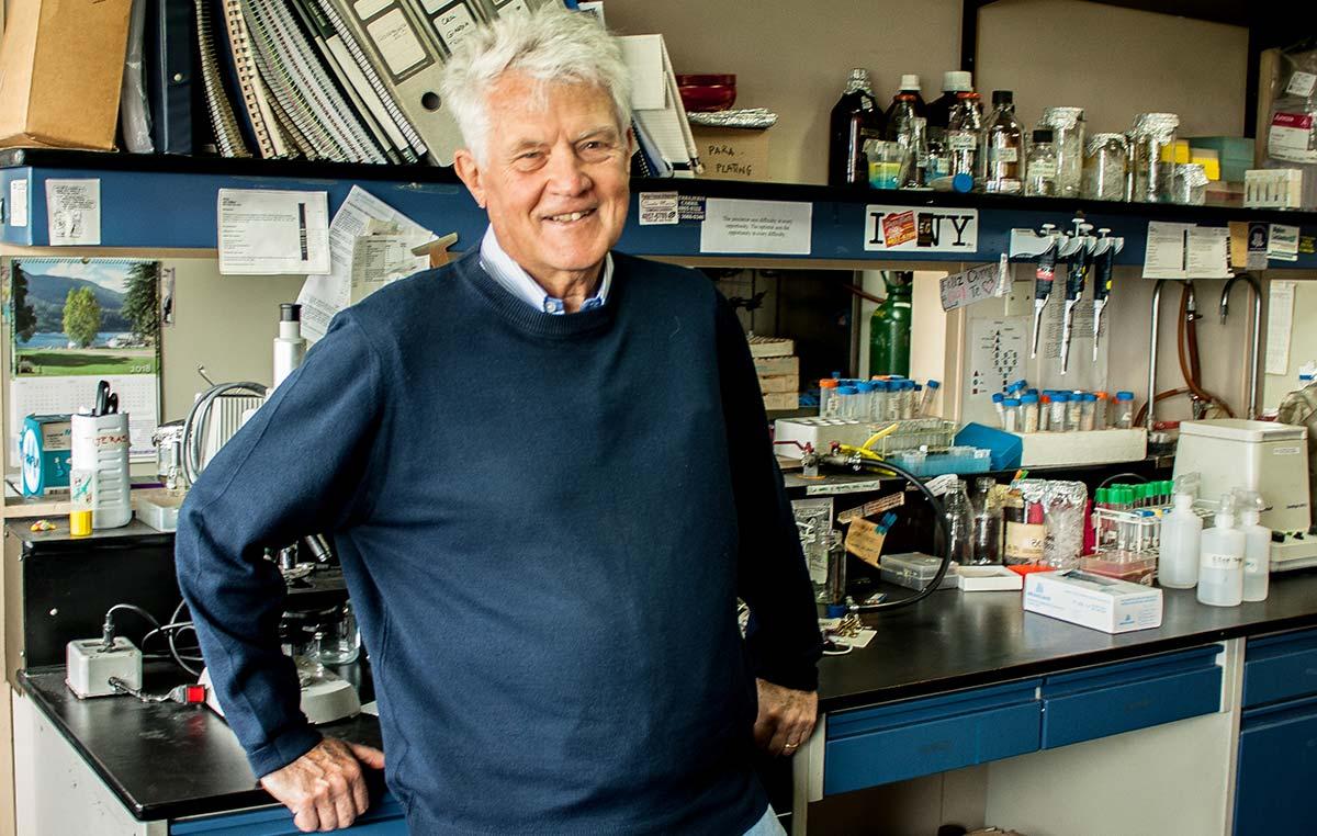 El Dr. Armando Parodi, investigador Emérito de la Fundación Instituto Leloir, fue incorporado a la Academia Nacional de Ciencias del Uruguay.