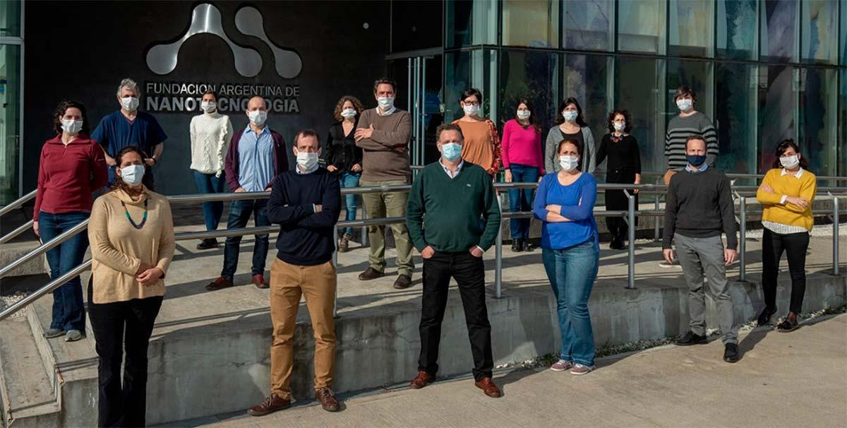 Integrantes del equipo de Inmunova, empresa de biotecnología surgida en 2009 de la Fundación Instituto Leloir. Créditos: Inmunova.